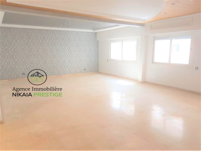 Location-Appartement-190-m²-2-chambres-parking-quartier-GAUTHIER-Casablanca