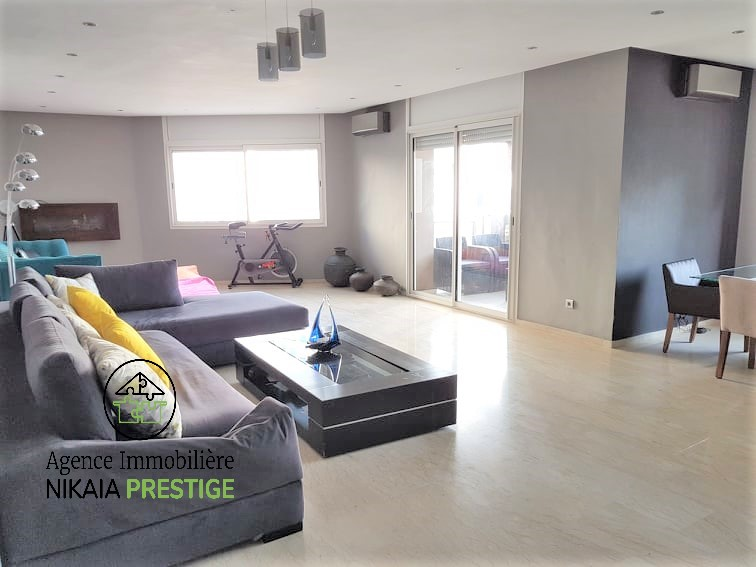 Vente appartement de 190 m² avec balcon, 3 chambres, parking, quartier BOURGOGNE Casablanca 1 (3)